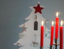 Weihnachtsbaum und Kerzen-Halter Stockbilder