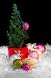 Weihnachtsbaum und Verzierungen - festliche Stimmung 03 lizenzfreies stockfoto
