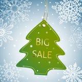 Weihnachtsbaum-Verkaufstag auf einem schneebedeckten Hintergrund Stockfotos