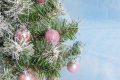 Weihnachtsbaum verziert Lizenzfreie Stockfotos