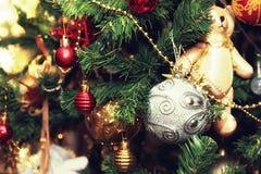 Weihnachtsbaum verzierte neues Jahr der Spielwaren Lizenzfreie Stockbilder