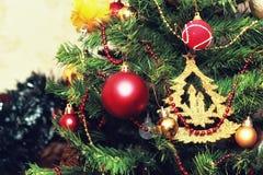 Weihnachtsbaum verzierte neues Jahr der Spielwaren Stockfoto