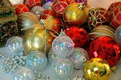 Weihnachtsbaum-Verzierungen Stockfoto