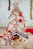 Weihnachtsbaum von Büchern Lizenzfreies Stockbild