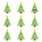 Weihnachtsbaumcharakter der flachen Designkarikatur netter mit verschiedenen Gesichtsausdrücken Lizenzfreie Stockfotografie