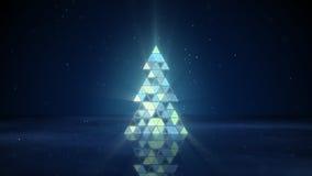 Weihnachtsbaumform von blinkenden Dreiecken Stockfoto