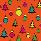 Weihnachtsbaummuster mit Weihnachtsdekoration Stockfoto