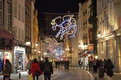Weihnachtsbeleuchtung, die berühmte Konstellationen darstellt Lizenzfreie Stockfotos