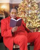 Weihnachtsbibel gelesen Stockfoto