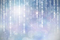Weihnachtsblauer Hintergrund mit Schneeflocken Lizenzfreie Stockbilder