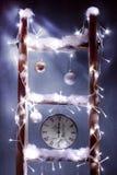Weihnachtsborduhr stockbilder
