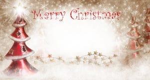 Weihnachtsbäume mit frohen Weihnachten Stockbild