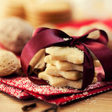 Weihnachtsbutterplätzchen mit braunem Zucker Lizenzfreies Stockfoto