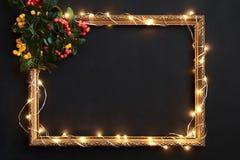 Weihnachtsdekor auf Tafel mit Raum für Text stockbilder