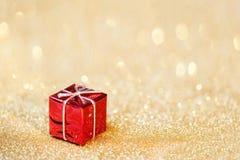 Weihnachtsdekoration auf abstraktem bokeh Hintergrund Fröhliches Christm Stockfoto