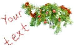 Weihnachtsdekoration auf einem Tannenbaum breitet sich mit t aus Lizenzfreies Stockbild