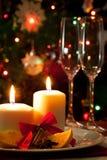 Weihnachtsdekoration auf Speisetische Stockbilder
