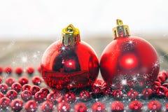 Weihnachtsdekoration, Rot, rustikal und weiß Stockbild