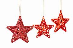 Weihnachtsdekoration. Rotsterne auf Weiß Lizenzfreie Stockfotos
