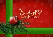 Weihnachtsdekoration, Tannenzweige mit rotem Papier Lizenzfreies Stockbild