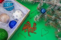 Weihnachtsdekorationen für den Weihnachtsbaum, das Symbol von Lizenzfreie Stockbilder