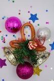 Weihnachtsdekorationen mit Klingelglocken stockfotografie