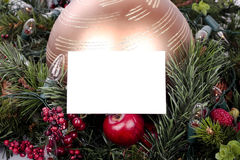 Weihnachtsdekorationen und Grußkarte lizenzfreie stockfotografie