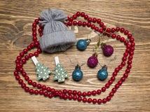 Weihnachtsdekorationen und -Zubehör stockfotografie