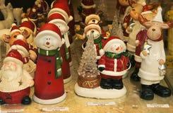 Weihnachtsdekorationen vitrine Lizenzfreie Stockfotografie
