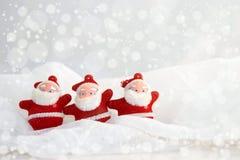 Weihnachtsdekorationen, -WEISS und -ROT Stockfoto