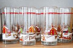 Weihnachtsdekorative Gläser Stockfoto