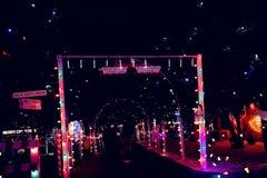 Weihnachtsdorf-Lichtshow Lizenzfreie Stockfotografie