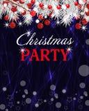Weihnachtsdunkle Hintergrund-Parteieinladung mit weißen Niederlassungen der Tanne und Stechpalmenbeere Vektor vektor abbildung