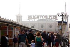 Weihnachtsfeiertag in Brighton Stockbild