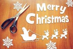 Weihnachtsfeiertage mit Sankt- und Rotwildcharakteren Lizenzfreies Stockfoto