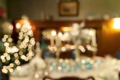 Weihnachtsfeiertags-Abendessen-Tischschmuck unscharfe Nahaufnahme Stockfotos