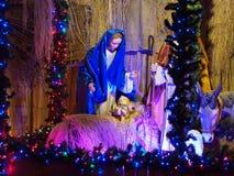 Weihnachtsfeiertagsinstallation Maria-Kindertagesstätte Stockfotos