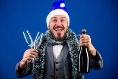 Weihnachtsfestorganisatoren Das bereite Cheflametta feiern neues Jahr Unternehmensparteiideenangestellte lieben korporativ stockbilder