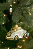Weihnachtsflitter auf Baum Stockbilder