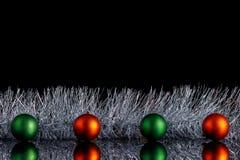 Weihnachtsfreier raum für die Aufschrift Auf einem Schwarzen ist lokalisierter Hintergrund dort Raum für Kopienraum lizenzfreie stockfotos