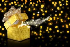 Weihnachtsgeschenk, bokeh Hintergrund Lizenzfreies Stockbild