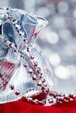 Weihnachtsgeschenke, Makroeintragfaden Stockfoto