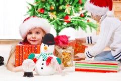 Weihnachtsgeschenkmorgen Stockfoto