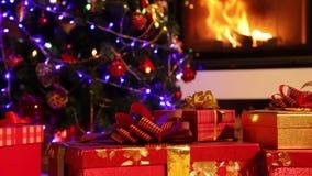 Weihnachtsgeschenknahaufnahme stock video