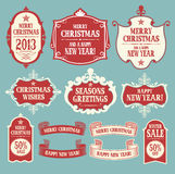Weihnachtsgestaltungselemente. Ausweise, Aufkleber und ribb Stockbilder