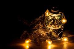 Weihnachtsglühende Girlande Lizenzfreie Stockfotos