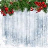 Weihnachtsgrenze mit Tannenbaum, Stechpalme und Weihnachten winden auf Holz Stockbilder