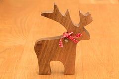 Weihnachtshölzernes Ren stockfotografie