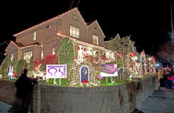Weihnachtshaus in Brooklyn New York Stockfotos