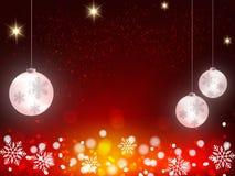 Weihnachtshintergrund, Bokeh-Schneeflocken, roter Hintergrund, roter Ball, Weihnachtsbaum backgrounred Stockbild